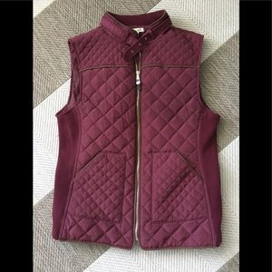 Quilted burgundy vest by Miami